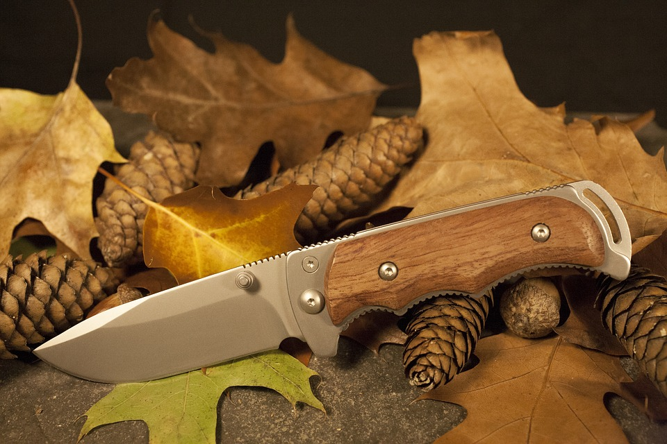 wholesale distributors for knives machete and axe